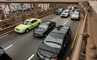 一名华裔Uber司机猝死 工友捐款帮家属