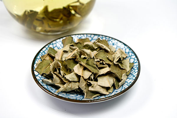 荷叶茶有降血脂的作用。(Shutterstock)