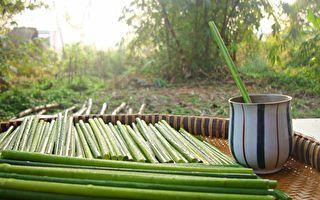他用蒲草做吸管風靡越南 天然環保還能潔牙