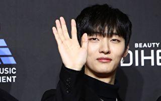 韓國人氣男團Wanna One隊長尹智聖資料照。(Chung Sung-Jun/Getty Images)