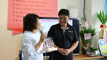 阿里山世界遗产协会理事长郭盈良受奖。
