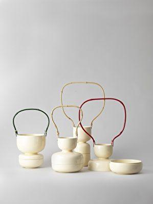 Daya containers (Mitti Klenell & Shu-Fa Wu, Mao-Hui Chen, Hsing-Tse Liu) Boism bambou, laque. New Layer I(文化部駐法國台灣文化中心提供)