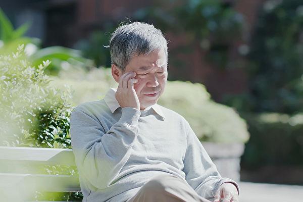 健忘症很容易与失智症混淆,两者的区别在哪里?(Shutterstock)