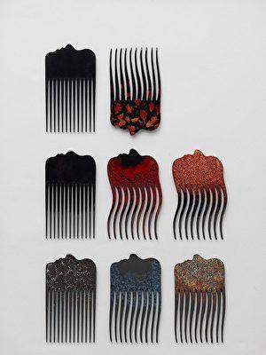 新層次I( New Lyer I)品牌的竹與漆器梳(Peignes en bambou et laque) (Stina Lofgren & Chin-Mei Huang)。(文化部駐法國台灣文化中心提供)