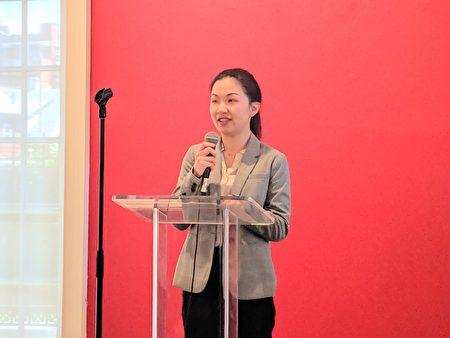 台湾会馆代表吴匀绮表示,23日当晚,台湾会馆将会准备精彩表演节目和台湾美食与民众共享。