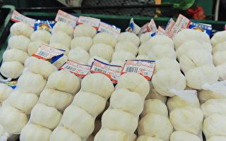 在白宫2018年9月份对中国大蒜进口征收10%关税之后,克里斯托弗牧场2018年第四季度的国内大蒜销售额,增长了15%。(TPG/Getty Images)