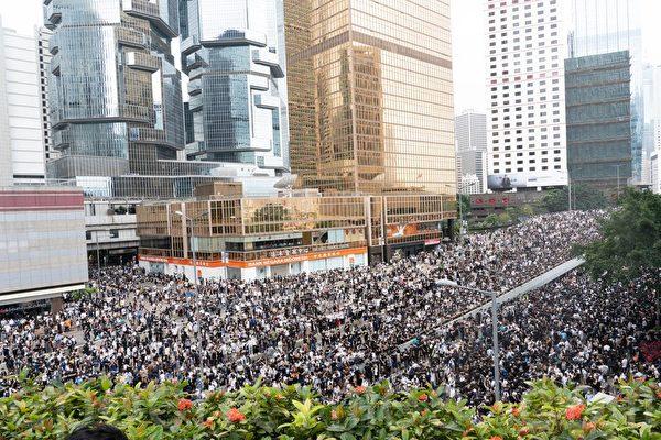 有直通中南海的大陆专家来港密切观察香港局势。他希望香港民众的抗共浪潮,会促成中共解体。(李逸/大纪元)