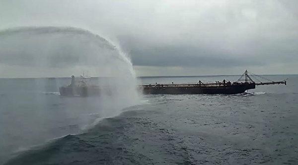 无人机建功 高雄舰驱离中国大陆抽砂船