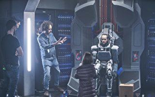 """""""母亲""""机器人要纤细力气大 专案总监自己演"""