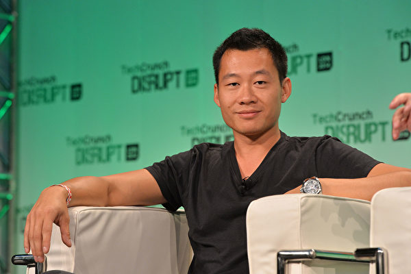 LONDON, ENGLAND - OCTOBER 20: Justin Kan, from Y Combinator, on stage during the 2014 TechCrunch Disrupt Europe/London at The Old Billingsgate on October 20, 2014 in London, England. (Photo by Anthony Harvey/Getty Images for TechCrunch)