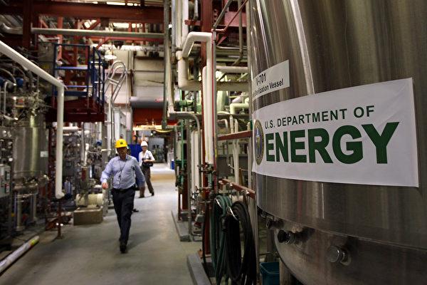 美国能源部已下令禁止该部的科学家及承包商,参与中共千人计划和其他国家政府赞助的人才招聘计划。