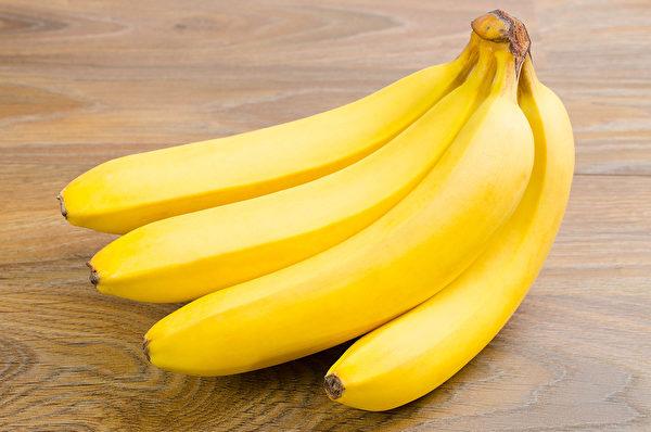 香蕉不僅含有色胺酸,也含有維生素B,是健康的快樂食物。(Shutterstock)