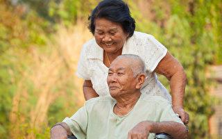密歇根大学的心理学家发现了行善举可以延长寿命。(Shutterstock)