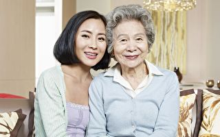 孫女為重病奶奶跳舞 奶奶奇蹟反應感動網友