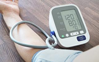 高血压用药需要监测,病人用降压药如有不良反应,应及时告知医生。(Shutterstock)