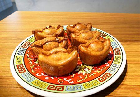 原本是賣雞蛋糕的林修賢,把他們團隊研發的各種新口味帶來台中。