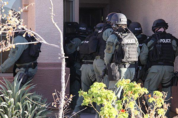 美國週日開始在十大城市搜捕非法移民