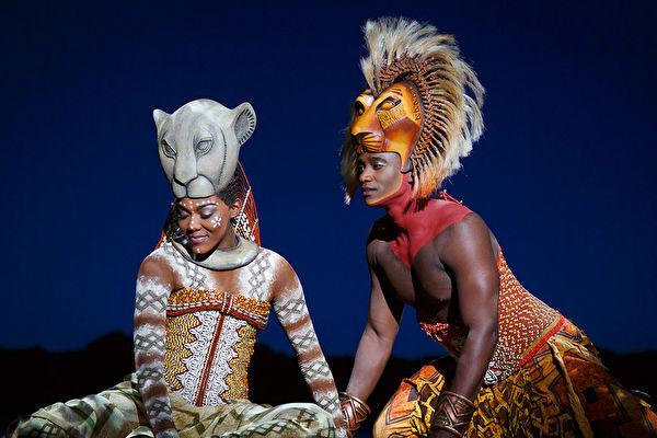 音乐剧《狮子王》台北演出 吸引艺人剧迷观赏
