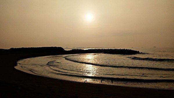 台灣唯一 高雄林園九月牙灣 夕陽美景如畫