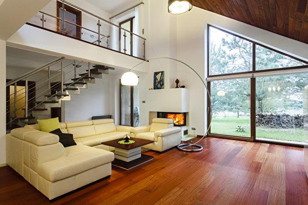 狭小住宅 楼梯的设计能营造更舒适空间