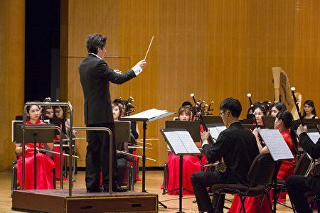 刘江滨带领新竹青年国乐团享誉国际。
