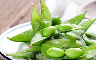 毛豆營養豐富,含優質蛋白,被稱為「植物肉」。(Shutterestock)