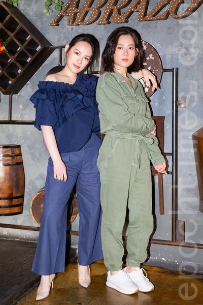 王詩安(左)跟孔藝弦(右)