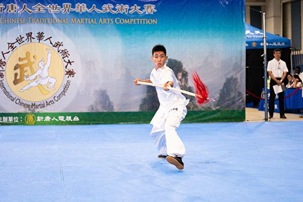组图一:第六届新唐人武术大赛金奖得主风采