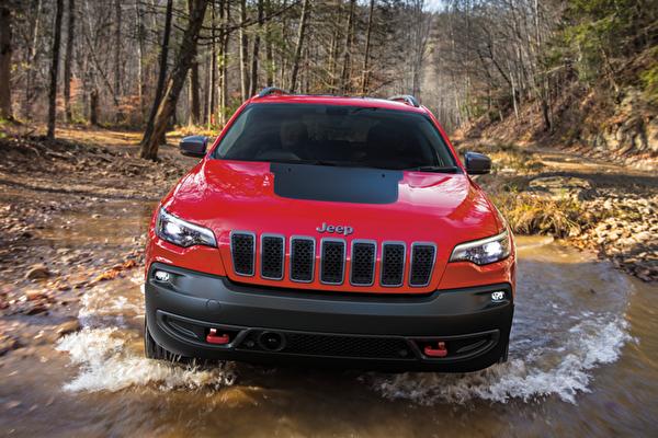 吉普大切诺基(Jeep Grand Cherokee)