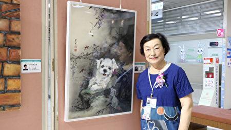 张碧寅老师及其提供的义卖作品。