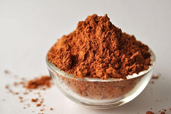 """研究发现,黏土可以""""吸收""""肠道中的脂肪,可能有助于减肥。图为蒙脱石黏土。(Shutterstock)"""