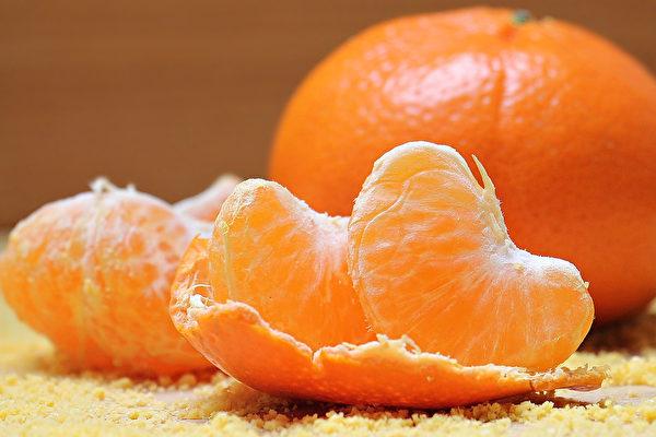 """""""柑橘类水果""""含有的柠檬酸也具美白功效。(Pixabay)"""