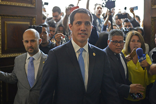 消息:瓜伊多和蓬佩奧將在週一會面