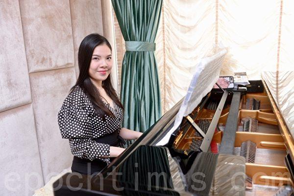 新唐人钢琴大赛在即 钢琴家黄子芳力荐大赛