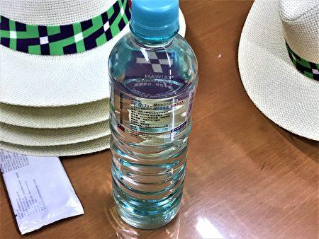 海洋深层水,要价一瓶80元。