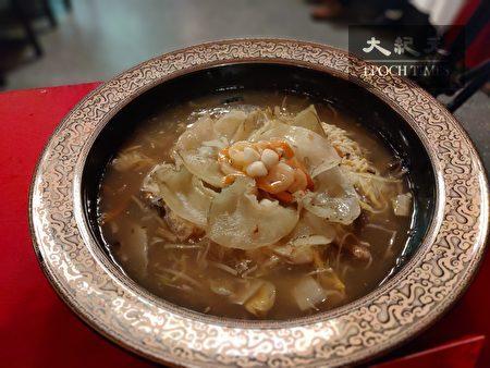 台式古味魚翅羹。