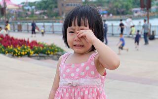 帮佣姐姐要回印尼 女孩1句话惹哭12万网友