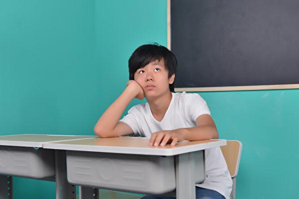 如果孩子有多動症,怎麼治療?兒童多動症能治好嗎?(Shutterstock)