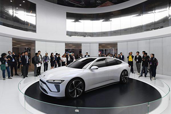 三大新能源车中概股大跌 市值蒸发近千亿