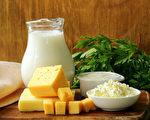 如何提升鈣質吸收,預防骨質疏鬆?(Shutterstock)