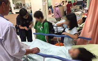 母急病就醫憂心子女  熱心警當保母應急