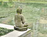 五个和尚去处不同 神佛看的是人心
