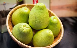 中秋吃柚有保佑  柚與你有約