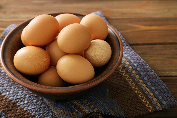 雞蛋有減肥、防癌等功效。醫師告訴你食用雞蛋的最佳方法。(Shutterstock)