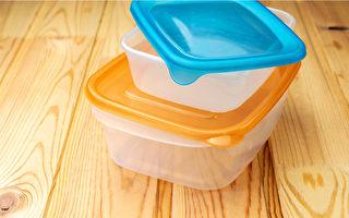 保鲜盒清洗不当,就容易孳生霉菌合细菌。(Shutterstock)