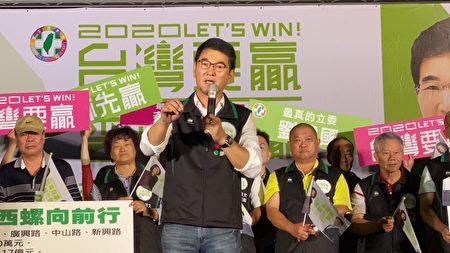 刘建国感谢乡亲的大力支持