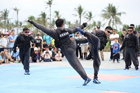 憲兵隊格鬥戰技演出,結合柔道、跆拳道表演