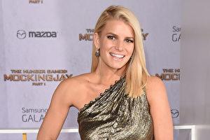 美国流行音乐歌手洁西卡‧辛普森(Jessica Simpson)孕后瘦身,在6个月内成功减下45公斤。(Jason Merritt/Getty Images)