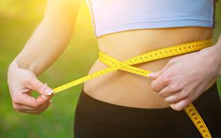 为什么脂肪喜欢囤积在小腹?医师分享解决腹部肥胖的方法。(Shutterstock)