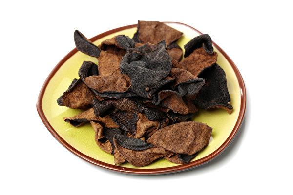 陳皮能治療腹脹、消化不良,而且還有消脂的作用。(Shutterstock)